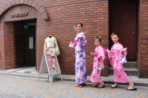 台灣來的客人,可愛姐妹花