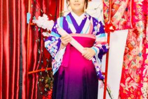 來自香港的客人,選擇體驗袴服,非常可愛非常適合您喔!
